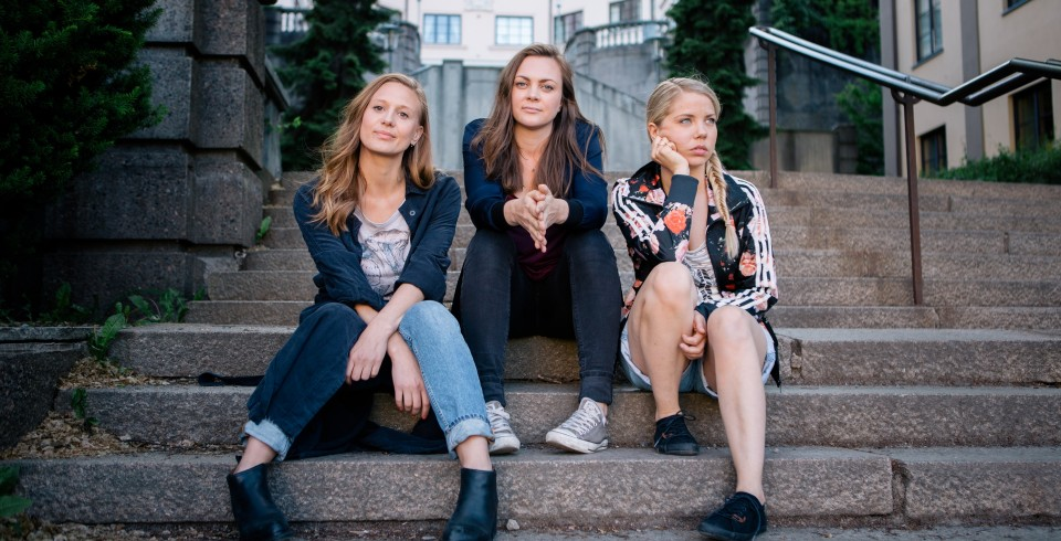 The three girls 2, Foto Eirik Evjen, Monster Scripted, NRK